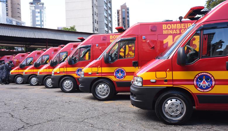 Resultado de imagem para 38 veículos de resgate ao Corpo de Bombeiros