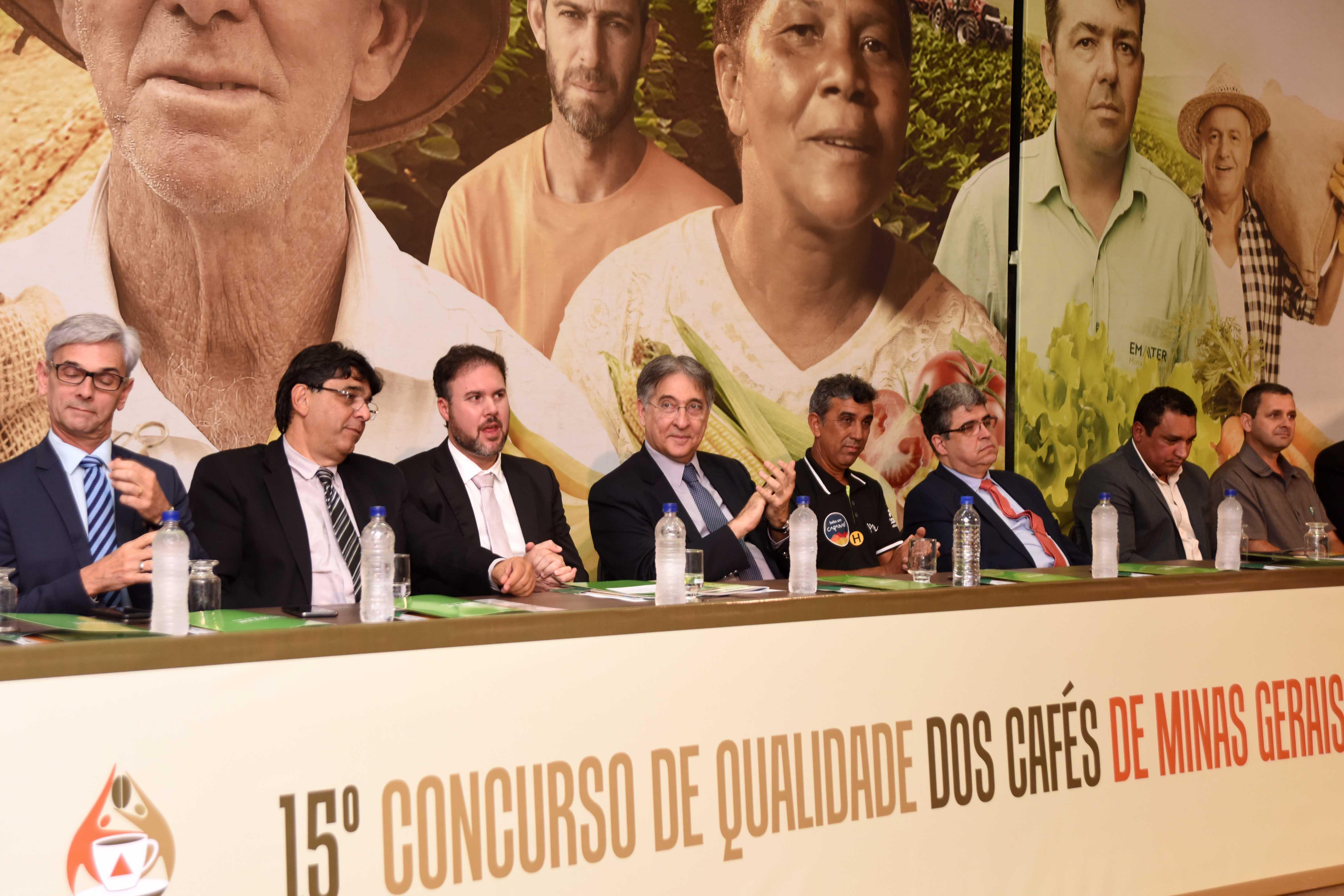 67ae78c0ef0be Agência Minas Gerais   Governador Fernando Pimentel participa da ...